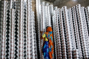 Aluminum cookware factory, Bangladesh. Photo by KM Asad, 2016 CGAP Photo Contest.